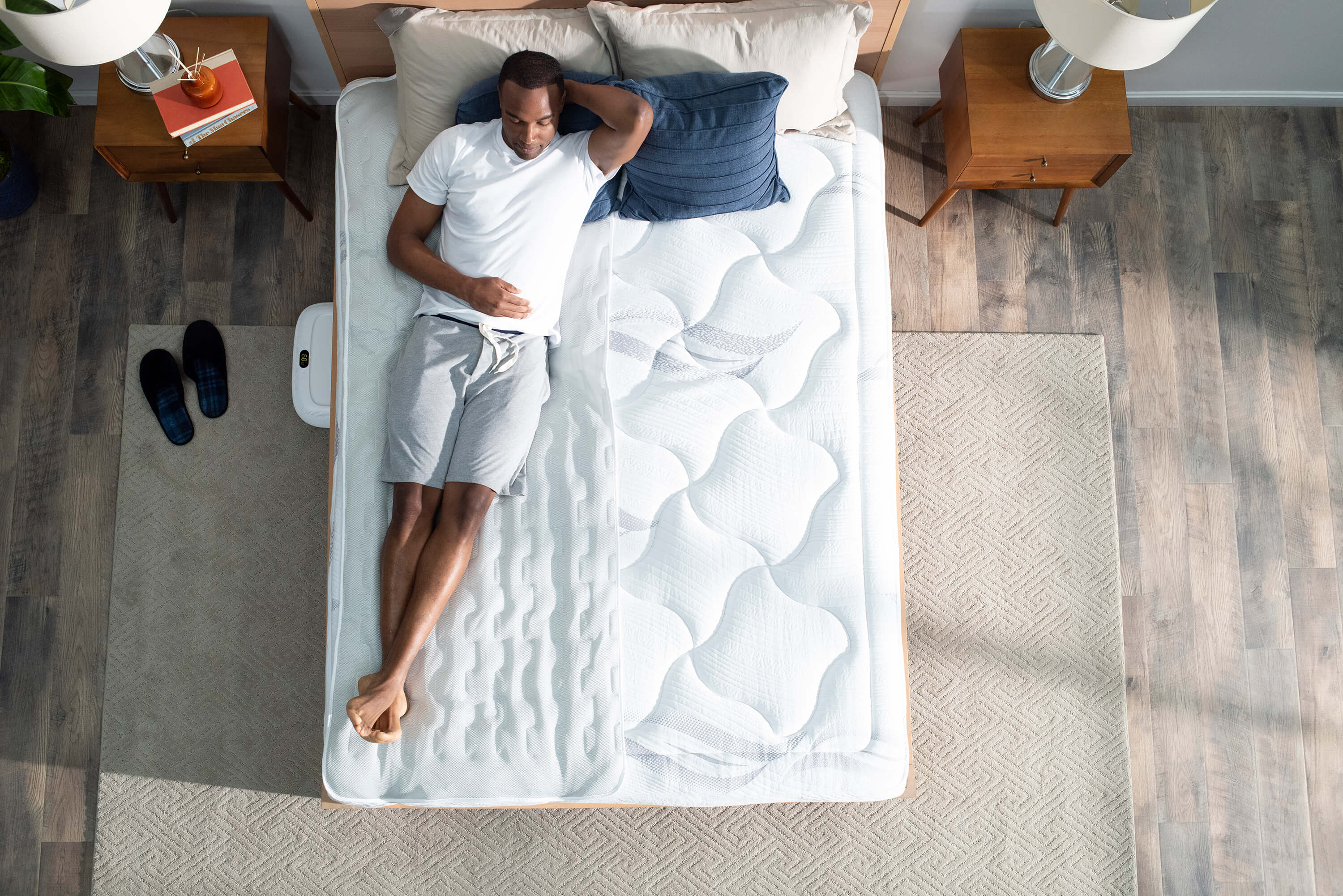 Animated gif of man with ooler sleep system