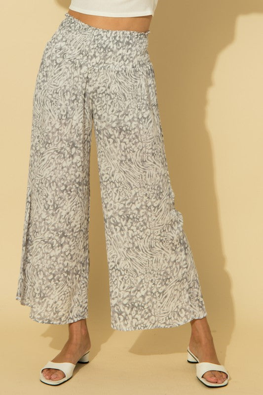 WIDE BOTTOM ANIMAL PRINT PANTS