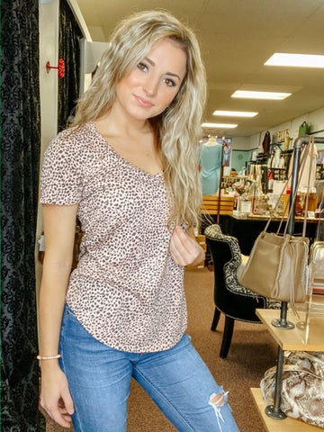 MINI LEOPARD V-NECK