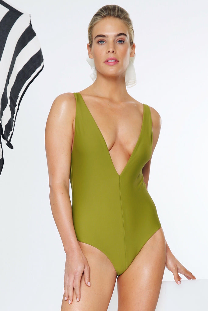 THE PLUNGE FULL-PIECE IN PALM