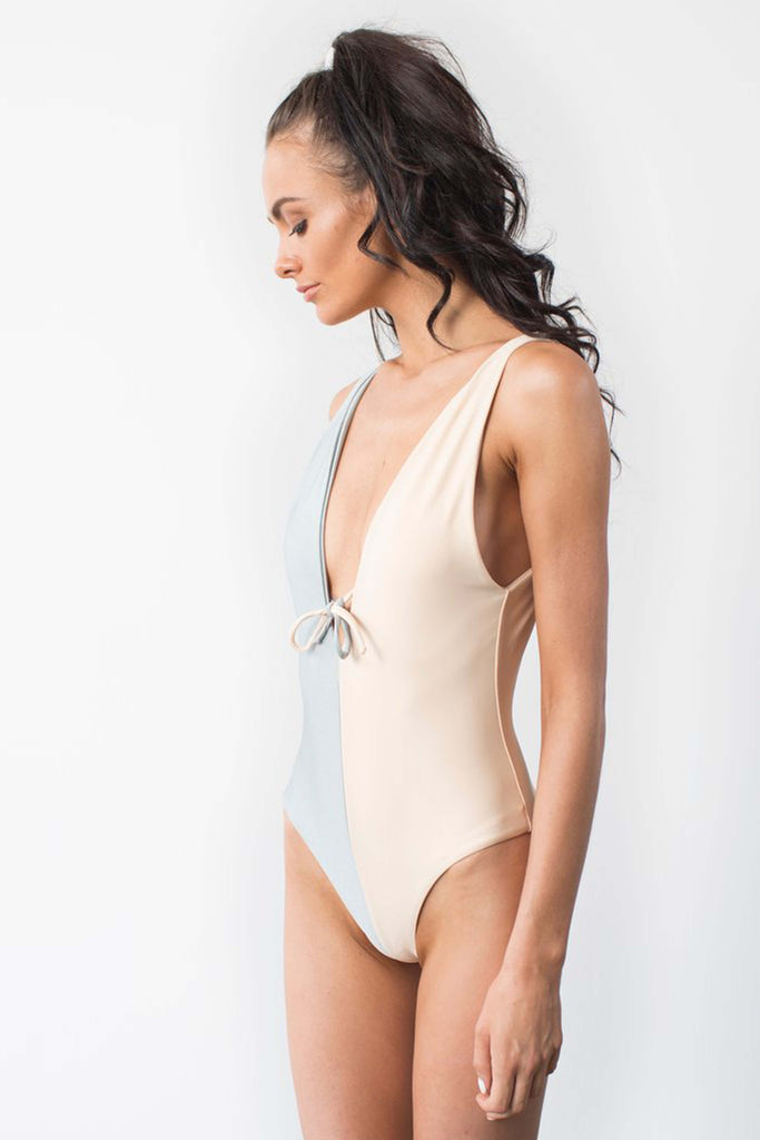 THE PLUNGE FULL-PIECE IN MIST + NUDE