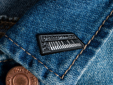 Roland SH-101 Enamel Pin Badge