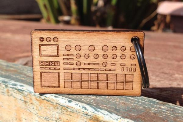 Synth & Drum Machine Wooden Keychains by Cremacaffè