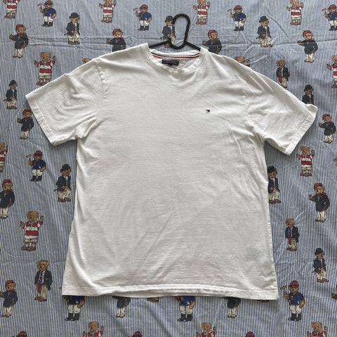 Vintage White Tommy Hilfiger Tee (L)-T Shirts-DISTINCT - THREADS