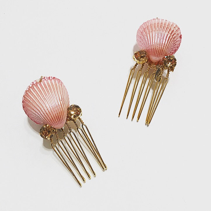 Crystal Shell Comb