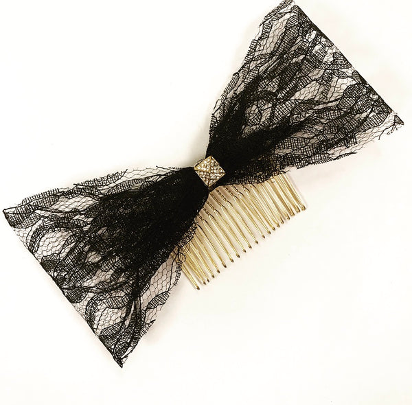 Lace Pyramid Bow Comb
