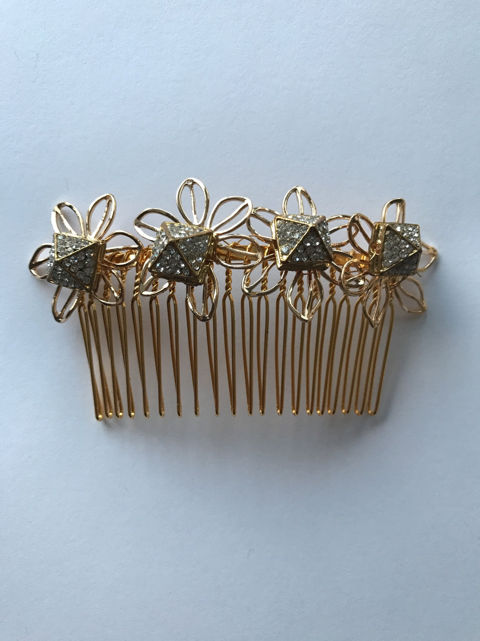 Crystal Pyramid Flower Comb