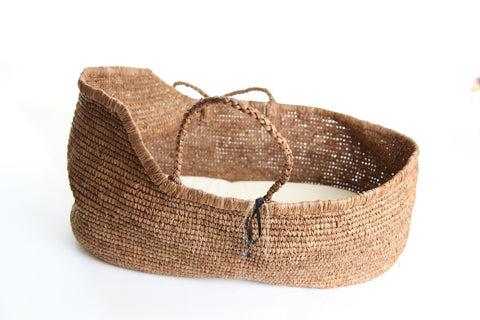 Noro Paris Moses Basket Tea (back soon email is for more info at hello@mirle-and-tess.com)