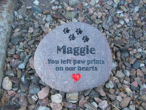 Engraved Pet Memorial & Personalized Garden Stone - TLC Gift Store - tlcgiftstore.com