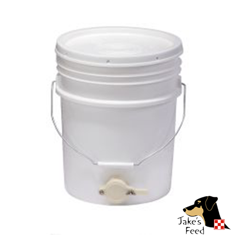 Beehive Bucket With Honey Gate