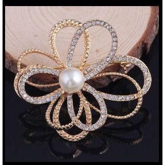 New Fashion Gold Flower Cluster Cz Wedding Party Women Brooch Pin Crystal