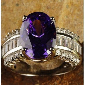 Estate Oval Cut Amethyst & White Topaz Gemstone Silver Ring Size 8