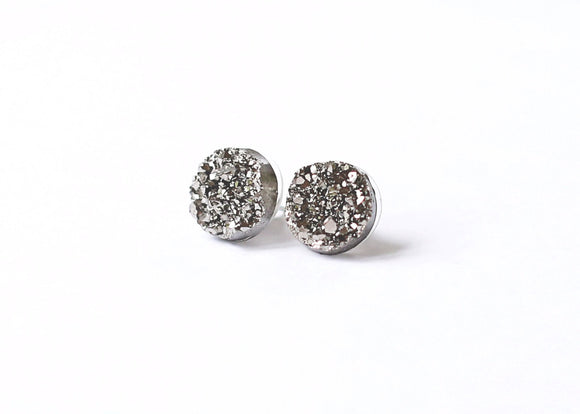 12mm Gunmetal Druzy Stud (raw edge)