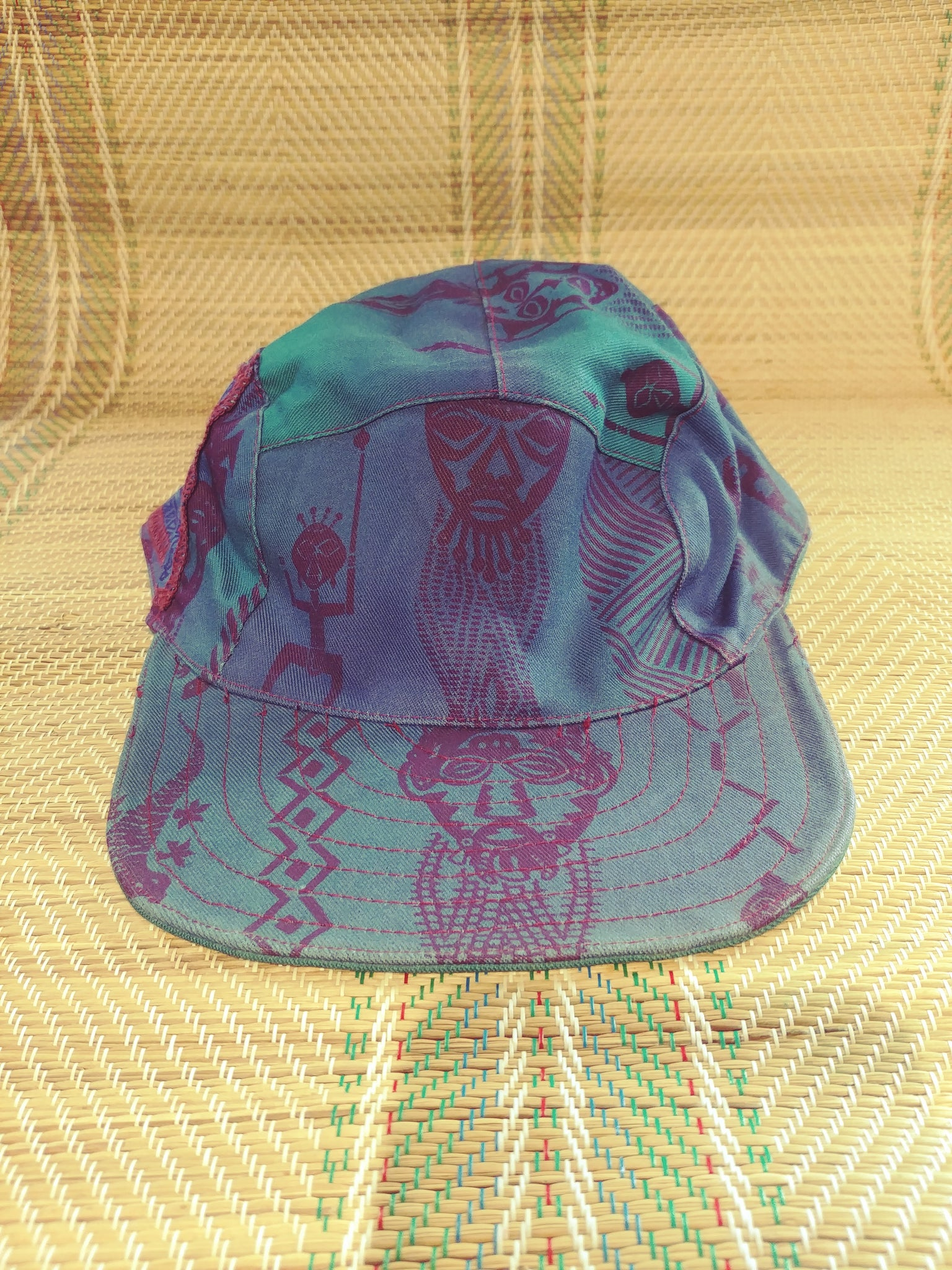 Caps Reversible - Cave Painting Design
