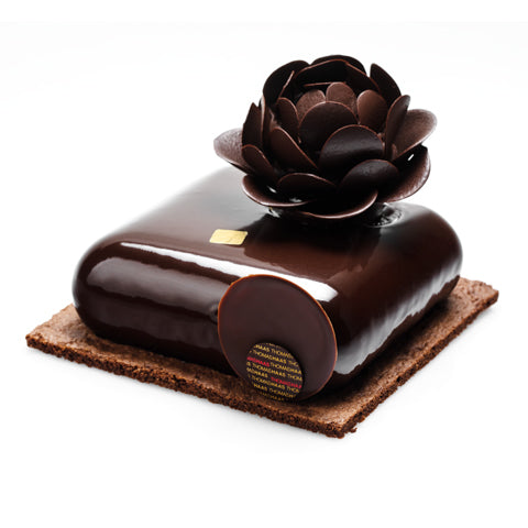 BLAK Cake 8th Edition - Pear & Caramel w/Flower