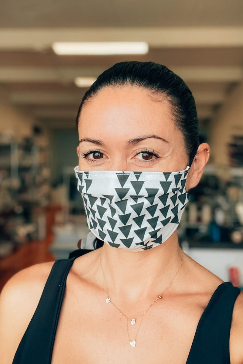 Black + White Triangles Pleated Fabric Mask
