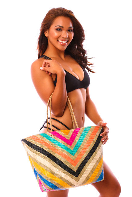 CLEARANCE: Banago Special Edition KaiKini Tote
