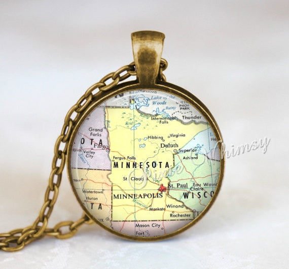 MINNESOTA MAP Necklace, Minnesota Pendant, Minnesota Map Pendant, Minnesota Keychain, Minnesota Necklace, Minnesota Jewelry, Minnesota Map