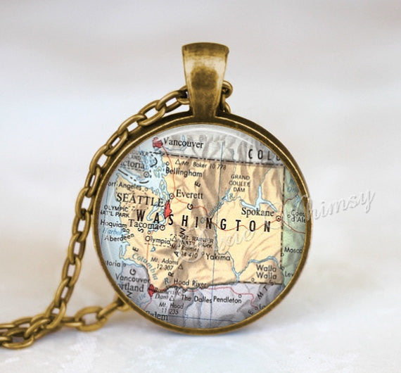 WASHINGTON MAP Necklace, Washington Map Pendant, Washington Keychain, Washington Necklace, Washington Jewelry, Vintage Washington State Map