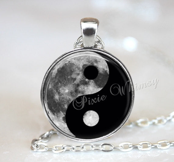 MOON YIN YANG Pendant Necklace Keychain Jewelry Full Moon Universe Galaxy Nebula Hipster Outer Space Planet Metaphysical Chinese Symbol