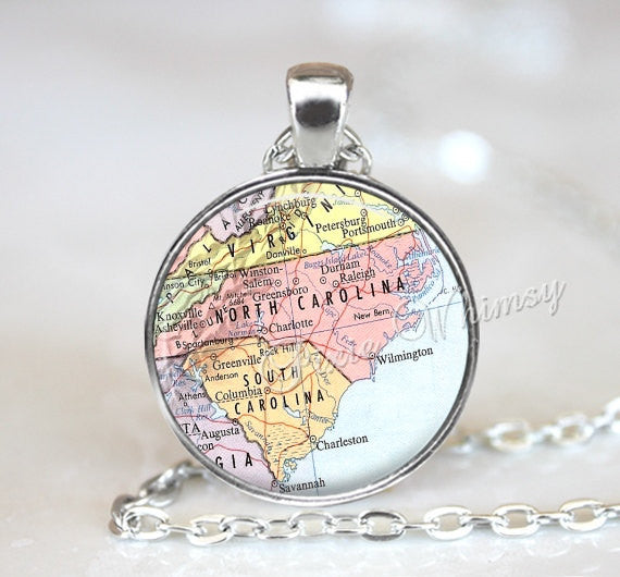 NORTH CAROLINA MAP Necklace, South Carolina Map Pendant, North Carolina, South Carolina Keychain, Vintage State Map, State Map Necklace