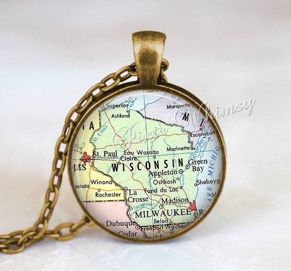 WISCONSIN MAP Necklace, Wisconsin Pendant, Wisconsin Map Pendant, Wisconsin Keychain, Wisconsin Necklace, Wisconsin Jewelry, Wisconsin Map
