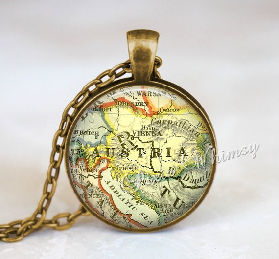 AUSTRIA MAP Necklace Pendant, Austria Keychain, Austria Map Necklace, Vintage Austria Map Austria Map Jewelry, Vienna Austria Map Necklace