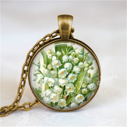 LILY Of The VALLEY Pendant Necklace White Lily Flower Jewelry Glass Bezel Floral Art Pendant Necklace, Mother's Day Gift, Gift for Gardener