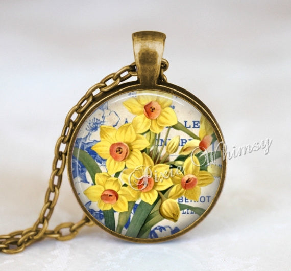 DAFFODIL Pendant Necklace Jewelry Keychain, March Birth Month Flower, Spring Nature Gift for Gardener, Yellow Flower