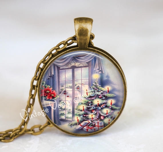 CHRISTMAS SCENE Necklace, Vintage Christmas Nostalgia, Snow Scene, Christmas Scene, Retro Christmas, Seasonal, Glass Art Pendant Necklace