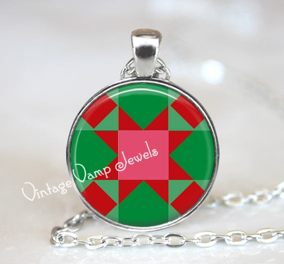 Christmas Quilt Necklace, Red and Green Quilt Square, Christmas Jewelry, Gift for Quilter