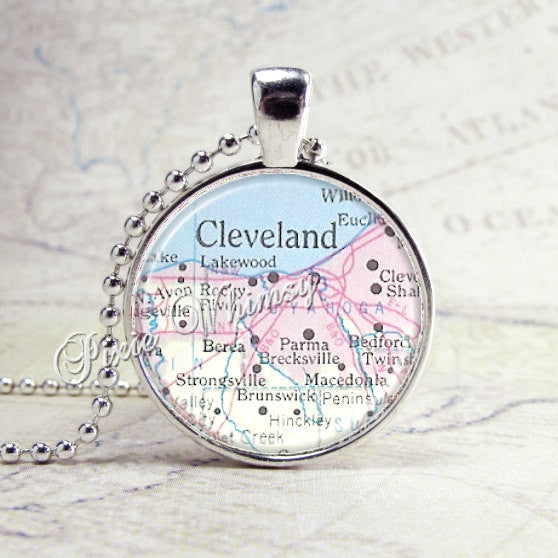 CLEVELAND OHIO Vintage MAP Jewelry Glass Tile Art Pendant Bezel Necklace with Free 24 Inch Chain