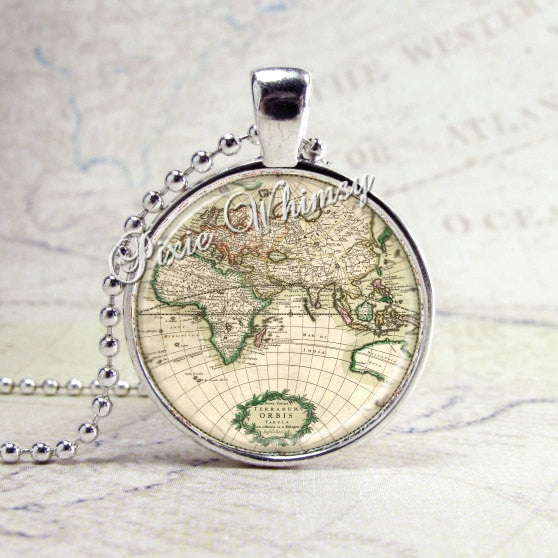 WORLD MAP Necklace, World Traveler,  Vintage World Map Necklace, World Map Pendant, Globe, Art Pendant Bezel Necklace with 24 Inch Chain