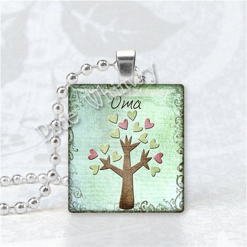 OMA Pendant, Grandma, Grandmother, Granny, German Word, Scrabble Tile Art Pendant Charm Jewelry