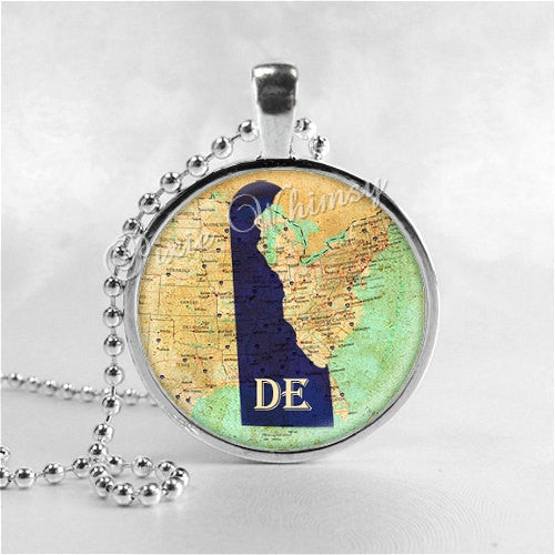 DELAWARE STATE Necklace, I Love Delaware, Delaware Map Jewelry, Delaware Pendant, Delaware Charm, Glass Photo Art Pendant Necklace