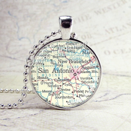 TEXAS SAN ANTONIO Vintage Map Necklace, Texas Necklace, Texas Jewelry, Texas Charm, Glass Photo Art Pendant Bezel Necklace