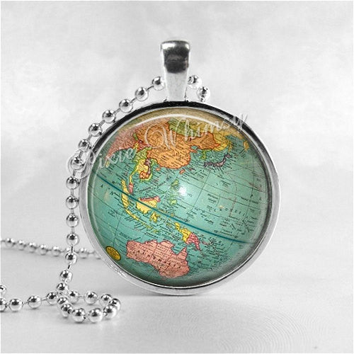 GLOBE Necklace, Globe Pendant, Vintage Globe, Vintage World Map, Planet, Earth, Vintage Map Necklace, Globe Jewelry, Travel Jewelry