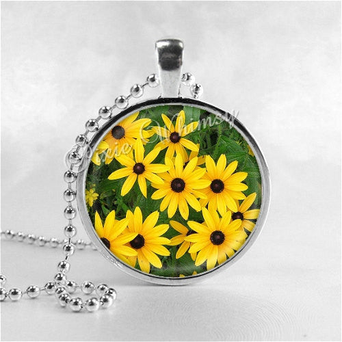 LACK EYED SUSAN Flower Necklace, Flower Pendant, Flower Jewelry, Flower Charm, Glass Art Pendant Necklace, Yellow Flower, Flower Power