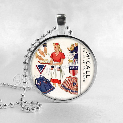 VINTAGE APRON SEWING Pattern Necklace, Vintage Pattern, Apron, Vintage Apron, Seamstress, Sewing, Glass Photo Art Necklace, Sewing Pattern