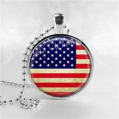 AMERICAN FLAG Necklace, United States Flag Necklace, USA Flag Pendant, Glass Photo Art Necklace, America, PatrioticJewelry,Stars and Stripes