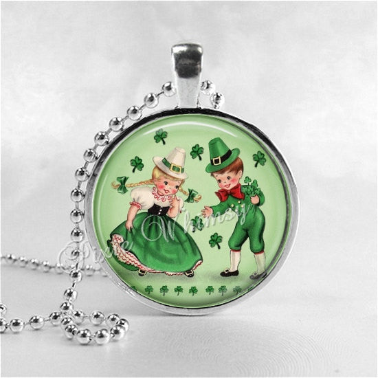 ST PATRICKS Day Necklace, St Patricks Day Jewelry, Irish Children, Clover, Irish Jewelry, Good Luck, Four Leaf Clover, Irish Necklace, Green