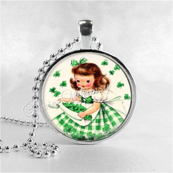 ST PATRICKS Day Necklace, Irish Girl, Irish Lass, Glass Photo Art Necklace, Four Leaf Clover, 4 Leaf Clover,  Irish Jewelry,Good Luck, Green
