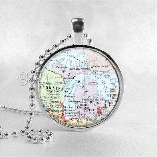 MICHIGAN Necklace, Michigan Map Necklace, Michigan Map Jewelry, Michigan Pendant, Michigan State Map, Glass Photo Art Pendant Necklace
