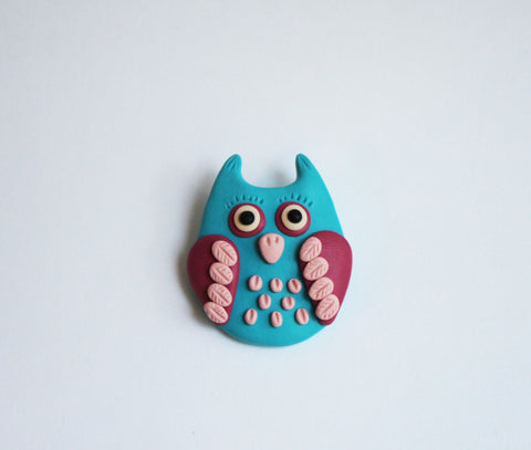 Pink and blue owl brooch - Adventacle
