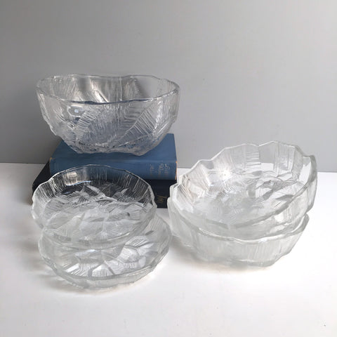 Hoya cracked ice glassware