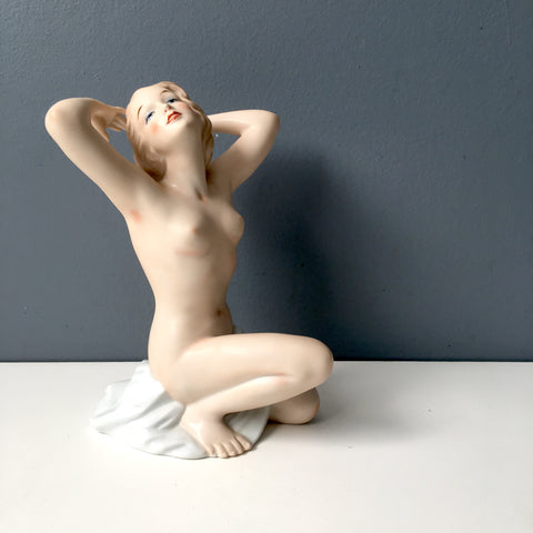 Wallendorf art deco nude woman figurine - 1960s vintage