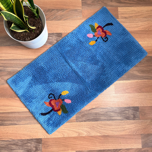Vintage chenille bath rug with flowers - 37 x 19.5 - Ingram Colorug - NextStage Vintage