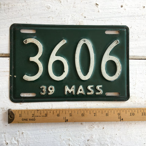 1939 Massachusetts automobile license plate - number 3606