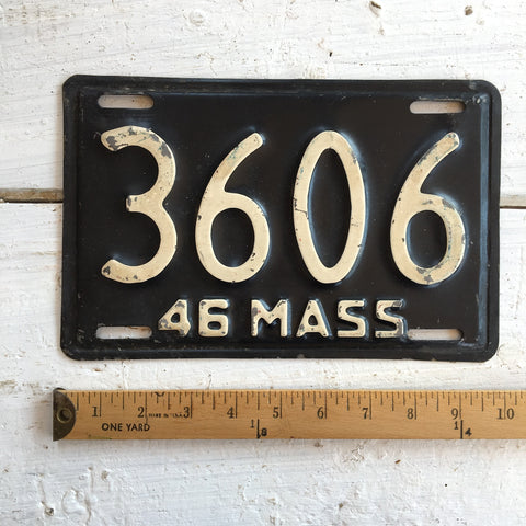 1946 Massachusetts automobile license plate - number 3606