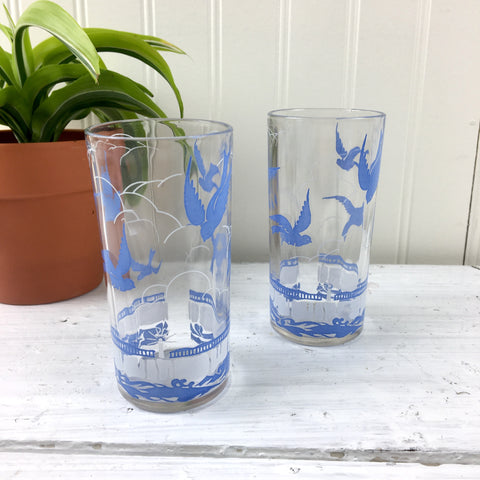 Blue birds over the ocean vintage paneled tumblers - 1950s decorate glassware